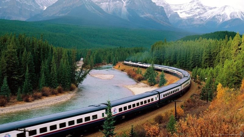 Beautiful-landscape-with-a-train