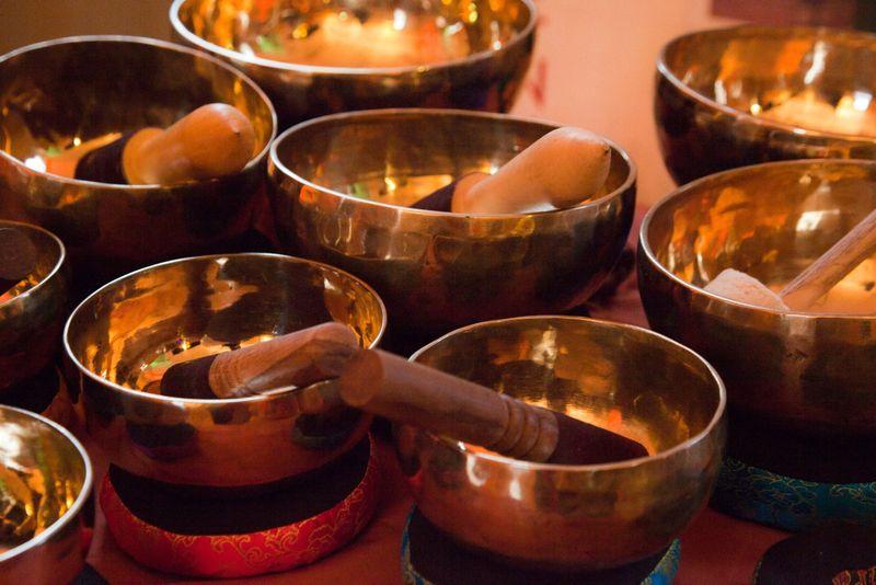 Tibetan-singing-bowls1