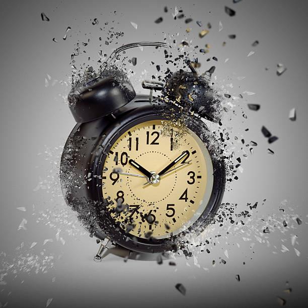 Alarm-clock-picture-id530827764